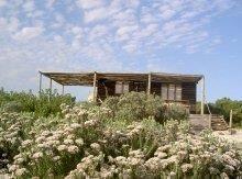 Vogelgezang Farm Cottages, Arniston (Waenhuiskrans), Western Cape on Budget-Getaways Farm Cottage, Nature Reserve, Weekend Getaways, Cottages, Cape, Beautiful Places, Budget, House Styles, Crafty