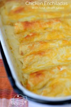 The Best Chicken Enchiladas With Sour Cream White Sauce Recipe. Smothered in easy to make Homemade sour cream sauce. These are easy to make and so yummy. White Sauce Enchiladas, Chicken Enchiladas, Mexican Dishes, Mexican Food Recipes, Dinner Recipes, Mexican Cheese, Spanish Recipes, Dinner Ideas, Homemade Sour Cream