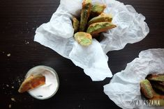 Some people say that these are avocado French fries. Indeed, the fried and sauced pieces of avocado resemble French fries, but the taste is completely different. There is one more similarity to French fries – you can't break away from them…