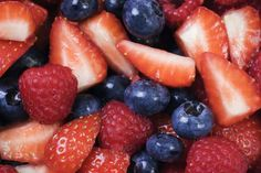 11 Tasty Foods that Reduce Your Dementia Risk: Berries