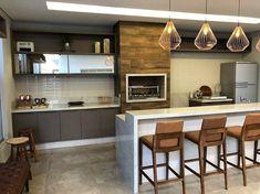 Raposo Marcenaria (@raposomarcenaria) • Fotos e vídeos do Instagram Home Design Decor, Door Design, House Design, Interior Design, Home Decor, Carriage House Plans, Modern Kitchen Lighting, Small Bars, Grill Design