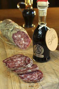 Aceto balsamico tradizionale di Modena e il salame