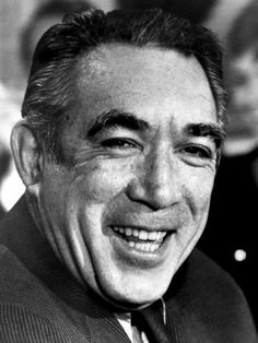 Anthony Quinn ne Antonio Rodolfo Quinn Oaxaca, Chihuahua Mexico, (1915-2001), pneumonia and throat cancer.
