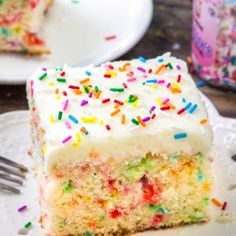 This funfetti sheet cake is everything a funfetti cake should be: moist, tender,. - This funfetti sheet cake is everything a funfetti cake should be: moist, tender, buttery & filled w - Sheet Cake Recipes, Cake Mix Recipes, Dessert Recipes, Easy Recipes, Easy Desserts, Cooking Recipes, Vanilla Sheet Cakes, Vanilla Cake, Vanilla Frosting