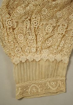 lace blouse: sleeve detail