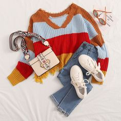 To find out about the Color Block Raw Hem Sweater at SHEIN, part of our latest Sweaters ready to shop online today! Stylish Work Outfits, Comfortable Outfits, Cute Casual Outfits, Boho Outfits, Pretty Outfits, Beautiful Outfits, Girl Outfits, Kpop Fashion Outfits, Girls Fashion Clothes