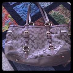 Vintage Coach purse- this is a re-Posh Vintage Coach Purse- lots of use, bottom outside has some darker wear marks, inside still in fairly good condition. Price reflects the condition. Coach Bags Satchels