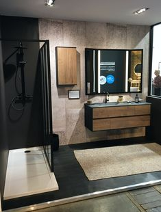 Industrial spirit for this bathroom of the Frame range, with a Triptych mirror and a vanity unit in Tobacco oak melamine. The sides in soft black lacquer are reminiscent of the mirror and the shower. Bathroom Design Luxury, Bathroom Layout, Modern Bathroom Design, Bathroom Vanity Makeover, Bathroom Styling, Vanity Bathroom, Boho Bathroom, Bathroom Wallpaper, Industrial Bathroom Mirrors