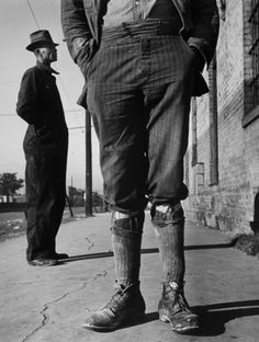 http://chicerman.com  greeneyes55:  Alabama 1937  Photo: John Gutmann  #menshoes