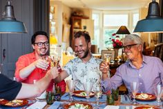Delicious private food tours in Amsterdam. Get the most out of the Amsterdam on a food tours with a local by your side. Dutch Cheese, Types Of Sandwiches, Amsterdam Food, Rome Food, Connect, Food Spot, Small Restaurants, Dutch Recipes, Beer Tasting