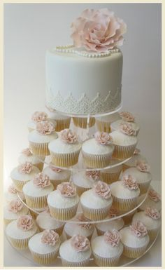 easy wedding cake cupcakes 45 totally unique wedding cupcake ideas wedding 13836