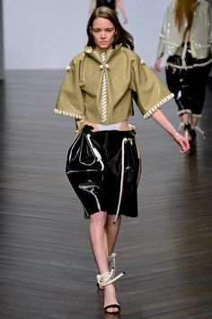 FALL 2013 READY-TO-WEAR Central Saint Martins Eilish Macintosh