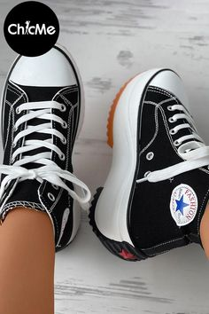 Sneakers Wallpaper, Shoes Wallpaper, High Top Sneakers, Shoes Sneakers, Sneakers Fashion Outfits, Canvas Sneakers, Lace Up, Pumps, Boots