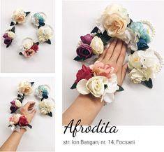 Bratari domnisoare de onoare Floral Wreath, Wreaths, Bracelets, Aphrodite, Charm Bracelets, Bracelet, Garlands, Floral Arrangements, Flower Garlands