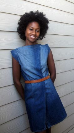 amazing DIY dress tutorial. made out of a pair of men's gap jeans.