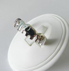 Sterling Silver Elephant Ring ✔