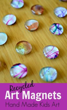 Recycled Art: Teacher Appreciation Magnets - a fantastic idea for a simple and inexpensive craft! Make a dozen or more for the special folk in your life and present them in packs of ~M x Fun Crafts, Diy And Crafts, Crafts For Kids, Arts And Crafts, Craft Gifts, Diy Gifts, Projects For Kids, Craft Projects, Kids Magnets