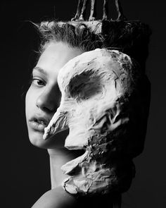 pre-show live portraits with sculptures/people