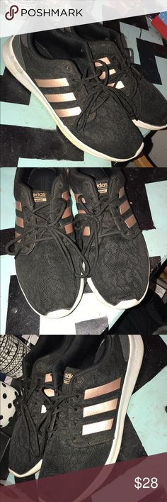92d504d8c55 Adidas memory foam rose gold shoes! Very comfortable and fashionable! Only  worn a handful