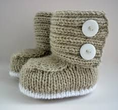Bildergebnis für pinterest knitting patterns for newborn baby booties with a button
