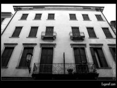 Venice Architecture #ItalianB&WArchitecture #freewallpapers