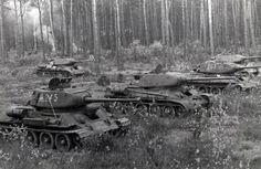 Medium tanks T-34-85, August-July 1944 / czołgi średnie T-34-85, lipiec-sierpień 1944 rok.