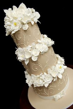 I love beige and white. Or champagne and white. Or whatever we call it. Classy! By Elegant Temptations.