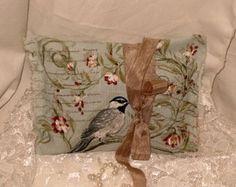 French Vintage Handmade 100% Organic Lavender Sachet French Script and Birds (Sachet017)