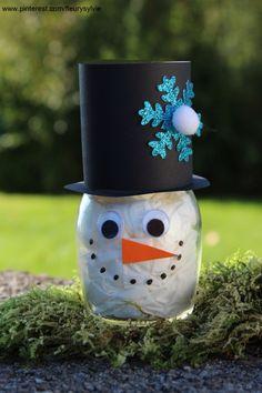 Winter Crafts For Kids, Winter Kids, Diy Crafts For Kids, Art For Kids, Diy Christmas Tree, Green Christmas, Winter Christmas, Christmas Tree Decorations, Crafts With Glass Jars