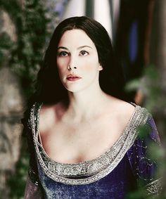 ♔ Arwen ♔ Is she not beautiful? Tolkien, Arwen Lotr, Hobbit Costume, Arwen Undomiel, Jackson, Character Profile, Liv Tyler, Best Series, Middle Earth