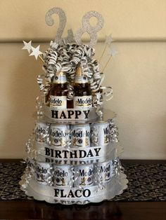 Super Birthday Presents For Brother Diy Beer Cakes Ideas Beer Birthday Party, Birthday Cake For Him, 21st Birthday Cakes, Birthday Present For Brother, Good Birthday Presents, Diy Birthday, 21st Birthday Ideas For Guys, Beer Can Cakes, Anniversaire Star Wars