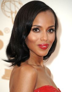 Holiday Makeup Trends How-To ~ Red Lips  http://sextoninthecity.ca/sexton-in-the-city-holiday-beauty/
