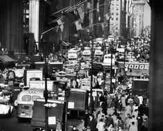 Fifth Avenue teems with pre-Christmas holiday traffic near 34th street in November 1948.