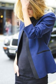 Ink-blue blazer. Why not???