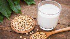 Despite the nutritional guideline recommendations, the mounting evidence has instructed Americans to avoid soy and soy milk because they can seriously harm people's health. Actually, soy milk can do more harm than good to your health. Soy Milk Nutrition, Grape Nutrition, Pasta Nutrition, Soy Milk Benefits, Health Benefits, Homemade Soy Milk, Valeur Nutritive, Plant Based Milk, Health Foods