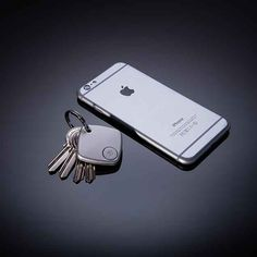 TRAK smart finder that connects via bluetooth and beeps to find your phone or keys