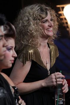 Suzanna Choffel watches with #TeamBlake. #VoiceYourDreams