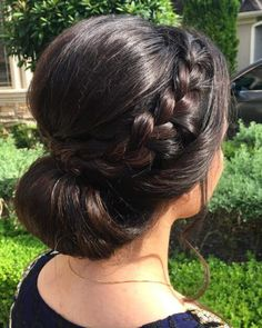 Indian Wedding Hairstyles For Short Hair Updo # for indian wedding short hair wedding hair black women Braided Bun Hairstyles, Indian Wedding Hairstyles, Short Hair Updo, Short Wedding Hair, Party Hairstyles, Bride Hairstyles, Wedding Braids, Hairstyles Haircuts, Trendy Hairstyles