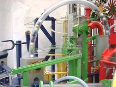 Resultado de imagen de wonka factory machines