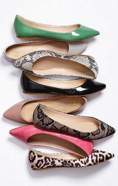 VS Collection Pointed-Toe Flat Must have one in every color! Flats are a must have in every closet. If your dressing down for the day or just on the run, colorful flats will pump up any outfit. Cute Flats, Cute Shoes, Me Too Shoes, Minimal Chic, Shoe Gallery, Keds, Pointed Toe Flats, Crazy Shoes, Jordan Shoes