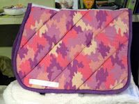 How to make a saddle pad. Western saddle pad link to site in the conversation & comments down the page. For my Tabi!