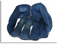 Great idea for the kid's rooms and a great use for old jeans!