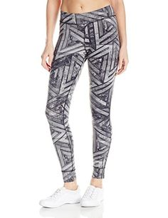 Reebok Women's One Series Nylux Tights: Lightweight nylon/lycra fitted legging, black lycra to eliminate shine, flat lock seams, antimicrobial gusset. Workout Leggings, Workout Shirts, Hoodie Outfit, Matching Shirts, Cool Things To Buy, Stuff To Buy, Sweater Shirt, Hoodies, Sweatshirts