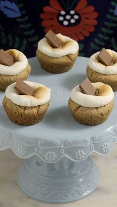 Receita deliciosa e irresistível de cupcakes de cookies com chocolate e…