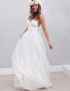 New Arrival Sexy White Chiffon Beach Wedding Dress Spring Summer A-Line V-Neck Zipper Back Floor Length Bridal Gowns