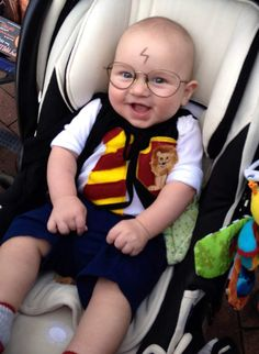 Some really creative and fun costume ideas for dressing up baby for Halloween!