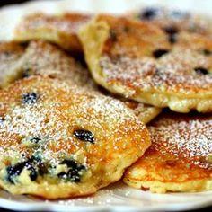Blueberry Pancakes + Pancake 101