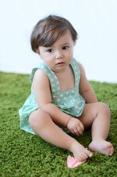 Ranita de bebé color verde menta con estrellas beige #baby #SpringSummer2015 #corazondeleonkids #madeinSpain #moda #ranita #estrella #verdementa #green #stars