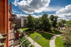 August 2016: Sonnige Freiflächen und alter Baumbestand prägen das Bild vom #Joli_Coeur.