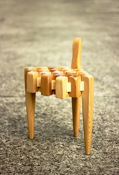 The Scorpion chair earns its title from its shape which subtly mimics the form of the creepy crawly creature by the same name… only with 3 legs instead of Small Wooden Stool, Wooden Stools, Traditional Chinese, Chinese Style, Yanko Design, Mortise And Tenon, Scorpion, Innovation Design, Woodworking